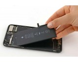 Thay pin điện thoại Iphone 8 plus zin, bảo hành lâu dài, lấy liền